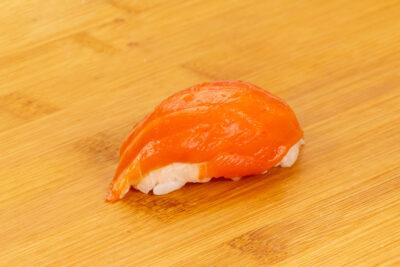 Суши с лососем - Доставка суши и роллов в Омске, Мистер-Крабс, 21 Амурская, 16